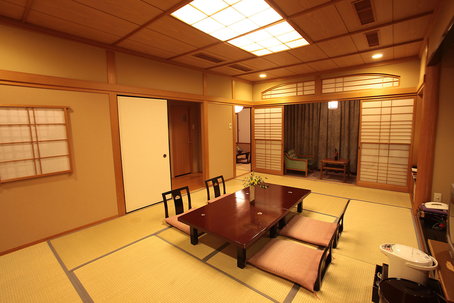 Two Rooms Stretched Japanese Style Room With View Of Kuma