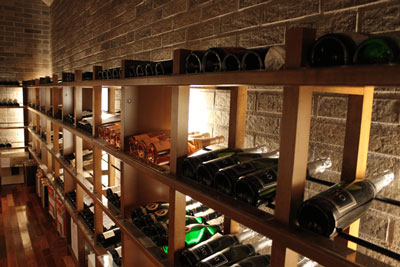 あゆの里 地下1階 ワインセラー
